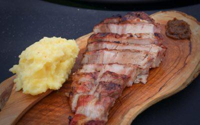 Tomahawk Steak vom Schwein grillen